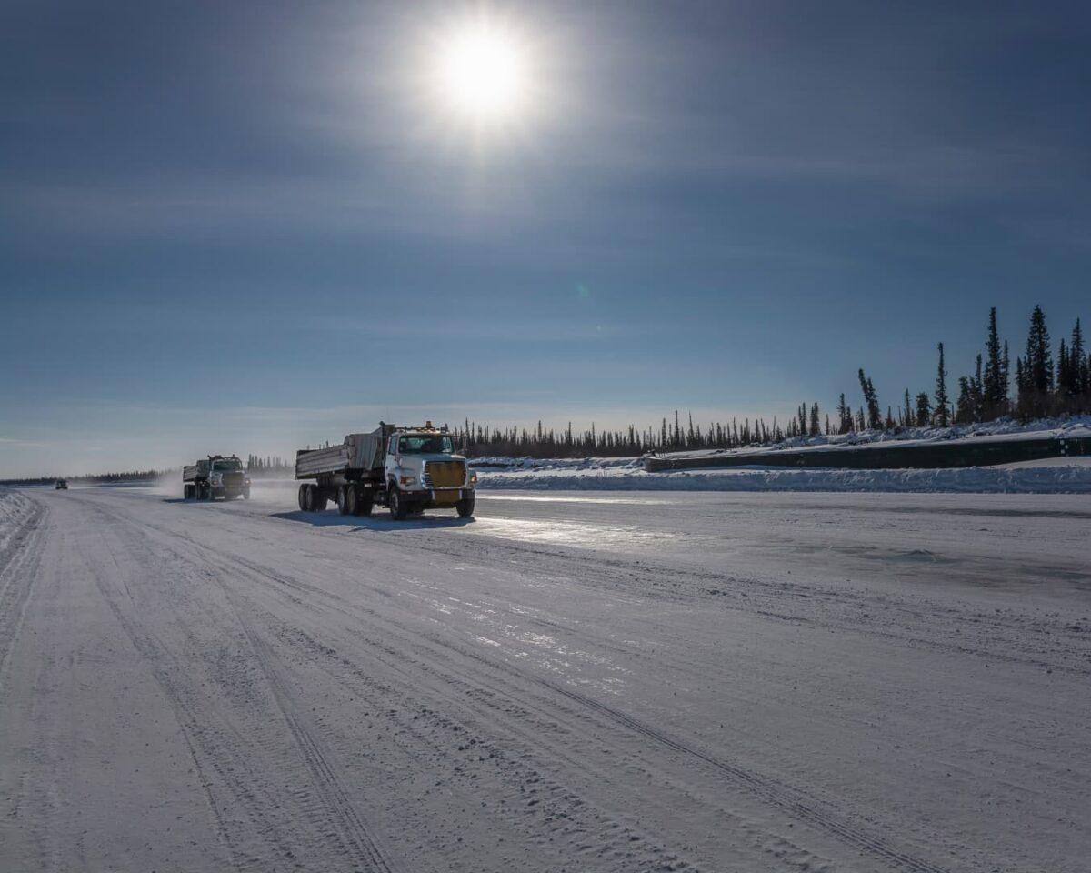 Building winter roads in Komi Republic, Nenetskij AO and Arkhangelskaja oblast